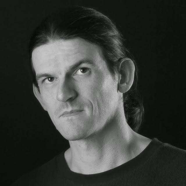 Benjamin B. - Directeur technique de www.geekmemore.com